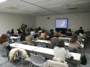 未就業歯科衛生士復職支援研修会の様子。 NHKの取材を受けました。